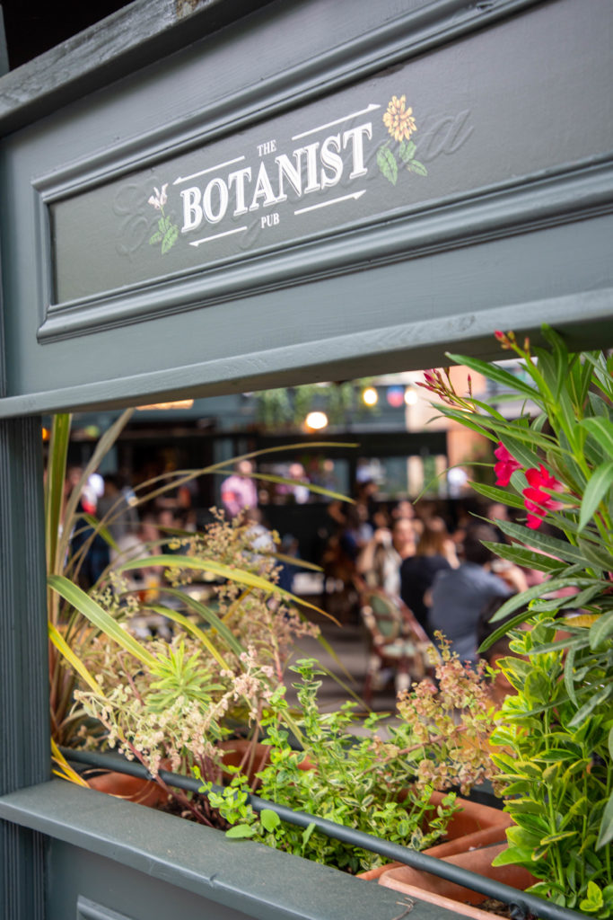 the botanist pub bar soiree ouverture opening toulouse